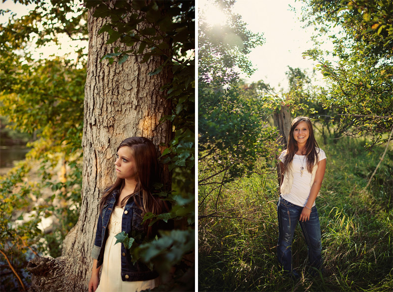 Outdoor Pose ideas for Senior Girl Pictures